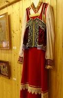 национальные мотивы познакомили с русскими традициями